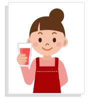 酵素ドリンクを飲む女性